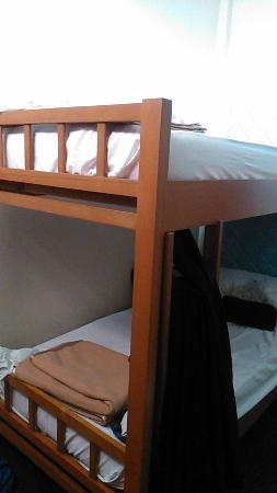 Pusat Belia Youth Hostel: 4 bunk bed (ladies)