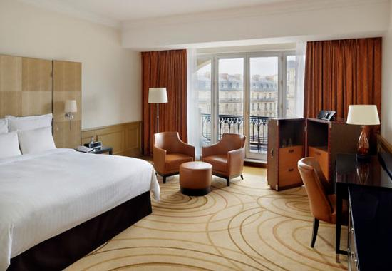 Paris Marriott Champs Elysees Hotel: Junior Suite Champs Elysées View