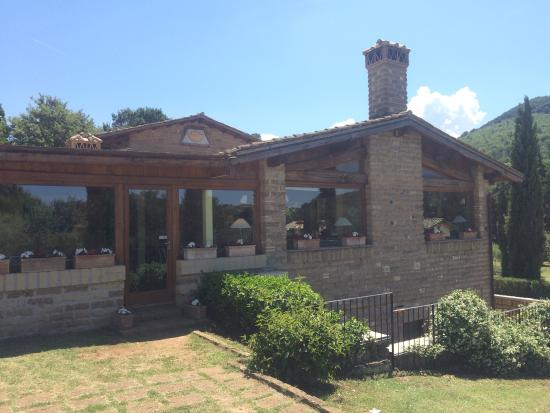 Residenza di Rocca Romana: A good touring base, set in stunning countryside. A nice escape. Big pool, clean rooms. Town nea