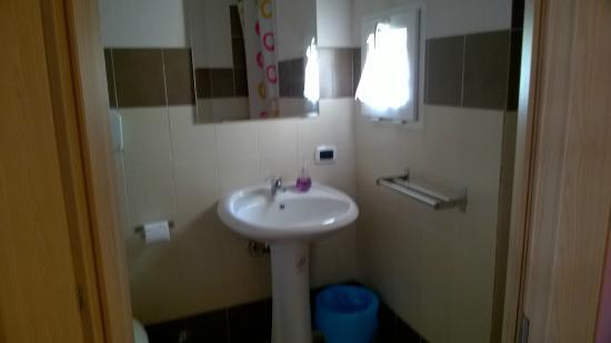 il bagno della suite - foto di alla corte del duca bed & breakfast