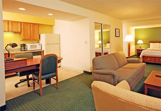 Sonesta ES Suites Colorado Springs Photo Courtesy of Sonesta ES Suites Colorado Springs