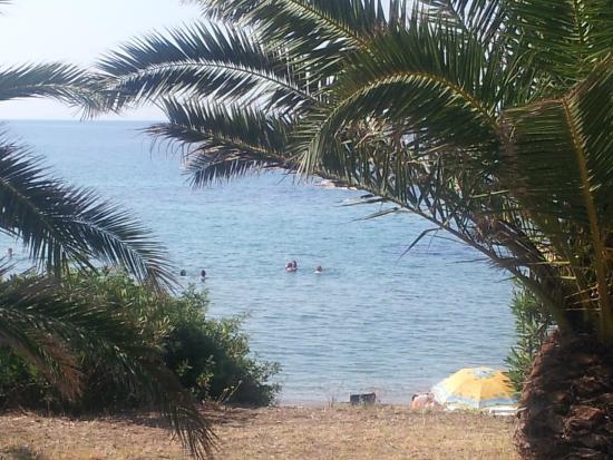 Amari: zum Strand