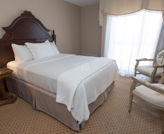 The Double Queen Bedroom at the Old Stone Inn Boutique Hotel