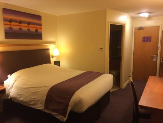 Premier Inn Northampton Bedford Rd/A428 Hotel: My room upon arrival