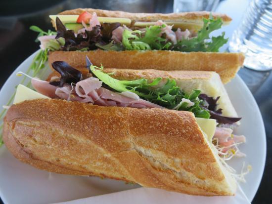 Deloraine Deli: Sandwich