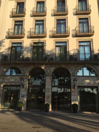 Hall de l 39 h tel bild fr n hotel duquesa de cardona - Hotel duques de cardona ...