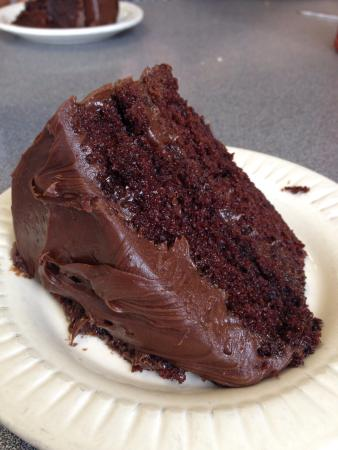 Cup & Saucer Restaurant: Chocolate cake!