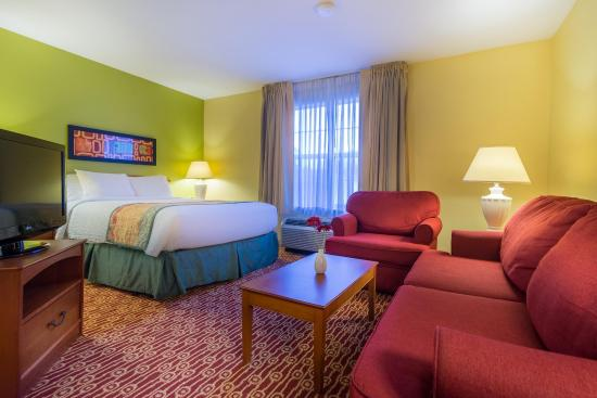 Home Towne Suites - Columbia