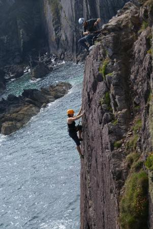 RockUp-Climbing: Climbing in Pembrokeshire with Brett Ffitch of Rock-up Climbing