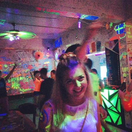 Baan Tai Backpackers: Full Moon Party pre-party as taken by  the talented Tristan ;)