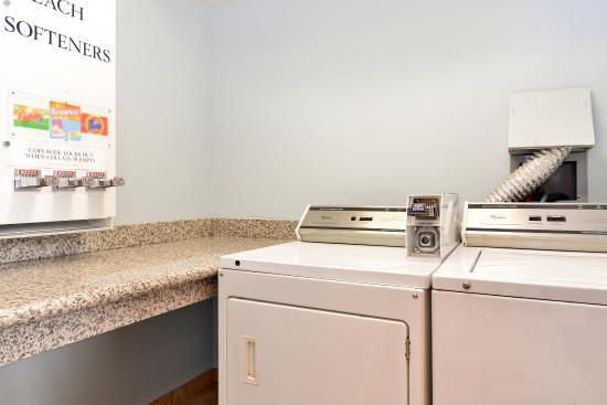 Americas Best Value Sandman Inn : Laundry Facility