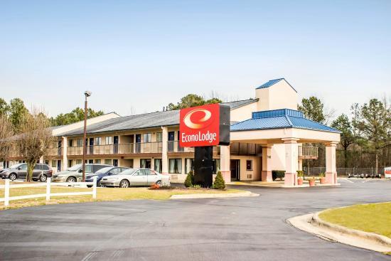 Econo Lodge Battleboro North: NCExterior