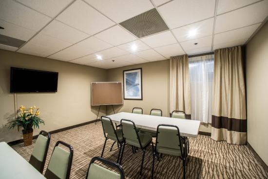 Comfort Inn & Suites Hazelwood: Mo Meeting
