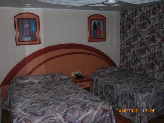 Hotel Diligencias: Camas