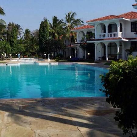Bahari Dhow Beach Villas: photo1.jpg