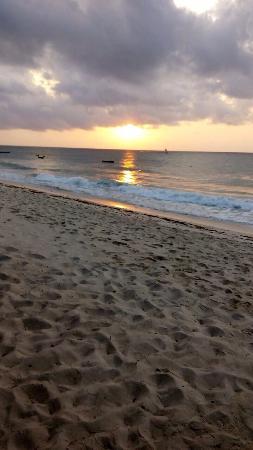 Bahari Dhow Beach Villas: photo3.jpg