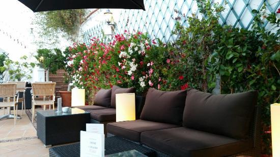 Casa jardin nerja restaurantanmeldelser tripadvisor for Casa jardin restaurante
