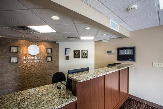 Comfort Inn & Suites at Dollywood Lane: Interior