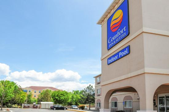 Comfort Inn & Suites North