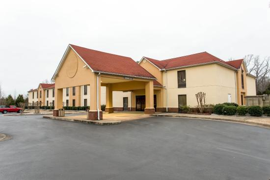 Photo of Comfort Inn Livingston