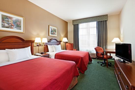Centerstone Inn & Suites Mechanicsburg: CenterstoneInn&Suites GuestRoomDouble