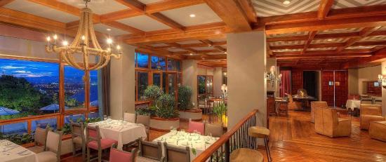 Hotel Alta Las Palomas: la luz restaurant & bar