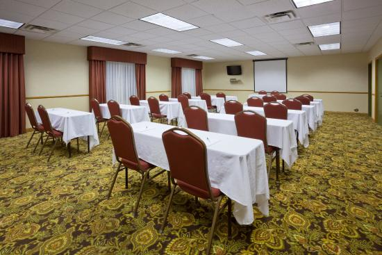 Country Inn & Suites By Carlson, Watertown: CountryInn&Suites Watertown MeetingRoom