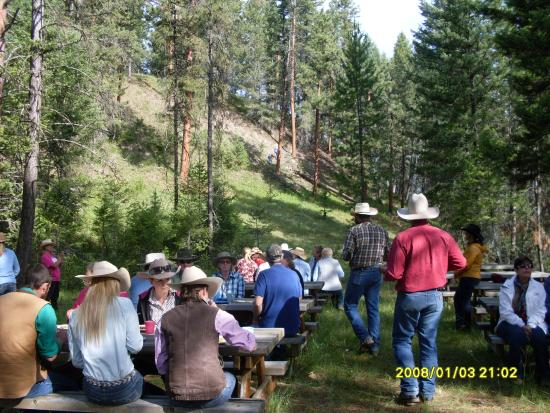 Three Bars Guest Ranch: Breakfast