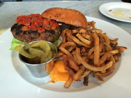 Biff's Bistro : lamb burger