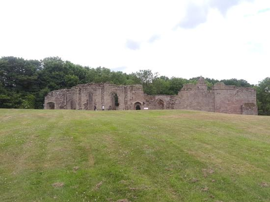 Spofforth Castle: Approach