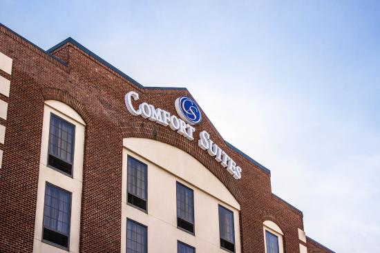 Photo of Comfort Suites Airport Greensboro