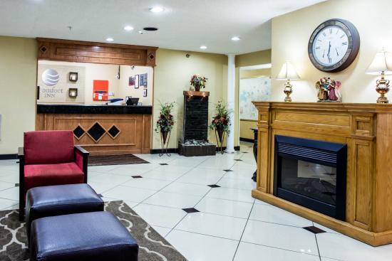 Comfort Inn: Interior