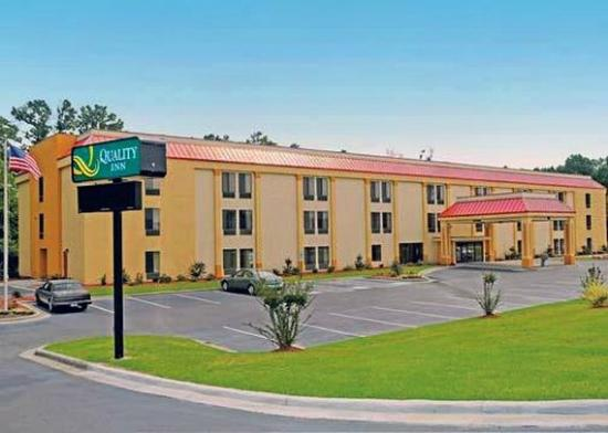Photo of Quality Inn Fayetteville
