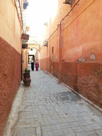 Riad Eden: Callejones p/ llegar a la Plaza Fna Jmaa