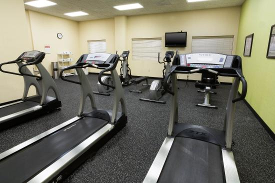 Drury Inn & Suites Forest Park: 24-Hour Fitness Center