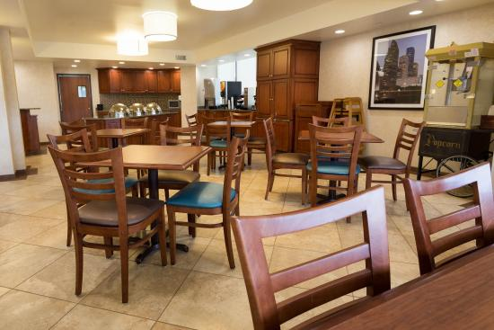 Drury Inn & Suites Houston Hobby Airport