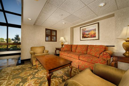 Drury Inn & Suites St. Louis Fenton: Lobby
