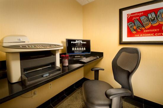 Drury Inn Paducah: 24-Hour Business Center