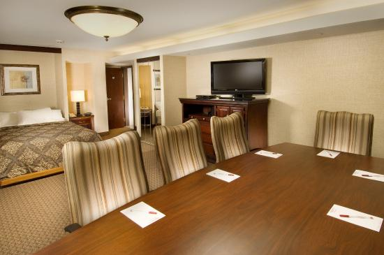 Drury Inn & Suites St. Louis Fairview Heights: Meeting Space