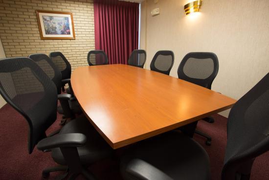 Hayti, MO: Meeting Space