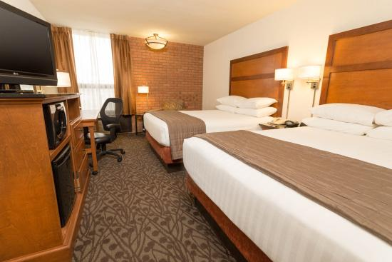 Drury Inn & Suites Frankenmuth: Deluxe Room