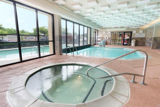 indoor outdoor pool whirlpool picture of drury inn suites atlanta airport atlanta. Black Bedroom Furniture Sets. Home Design Ideas
