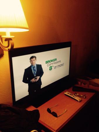 Aqua Breeze Inn: New large flat-screen TVs