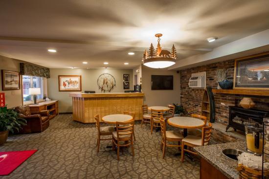 Econo Lodge Cherokee: NCBKFAST