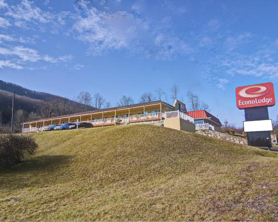 Econo Lodge Near Bluefield College: WVEXTERIORO