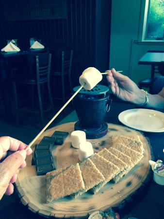 The View Restaurant: S'mores