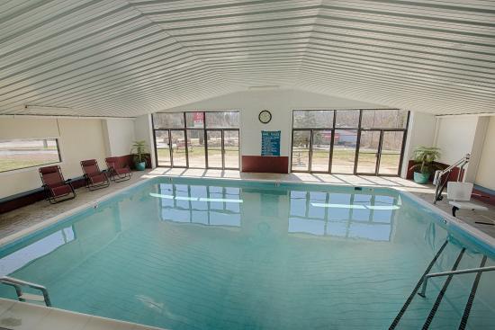 Staunton, VA: Pool