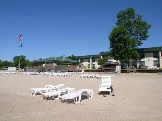Tawas Bay Beach Resort: Exterior view