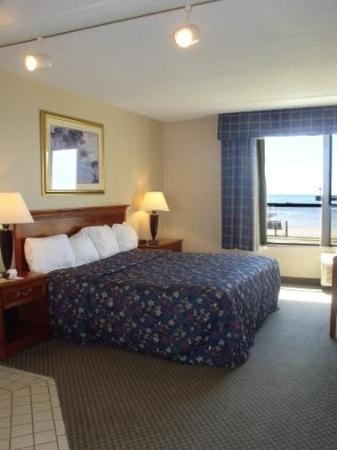 Tawas Bay Beach Resort: Guest room