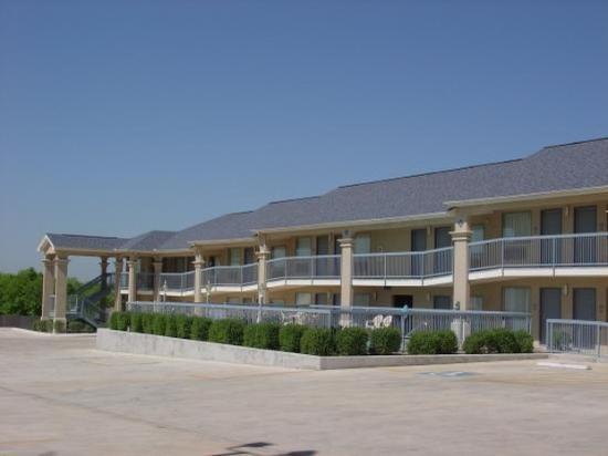 Americas Best Value Inn - New Braunfels / San Antonio : Property View